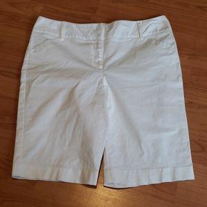 Dana Buchman white Bermuda shorts